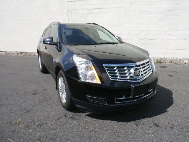 Pre-Owned 2016 Cadillac SRX Base